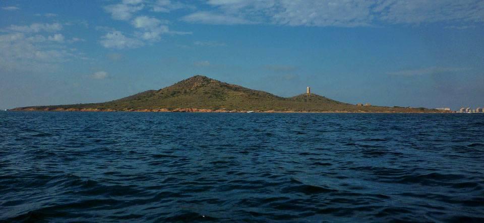 El Mar Menor nos espera esta temporada muy, muy transparente, según Medio Ambiente