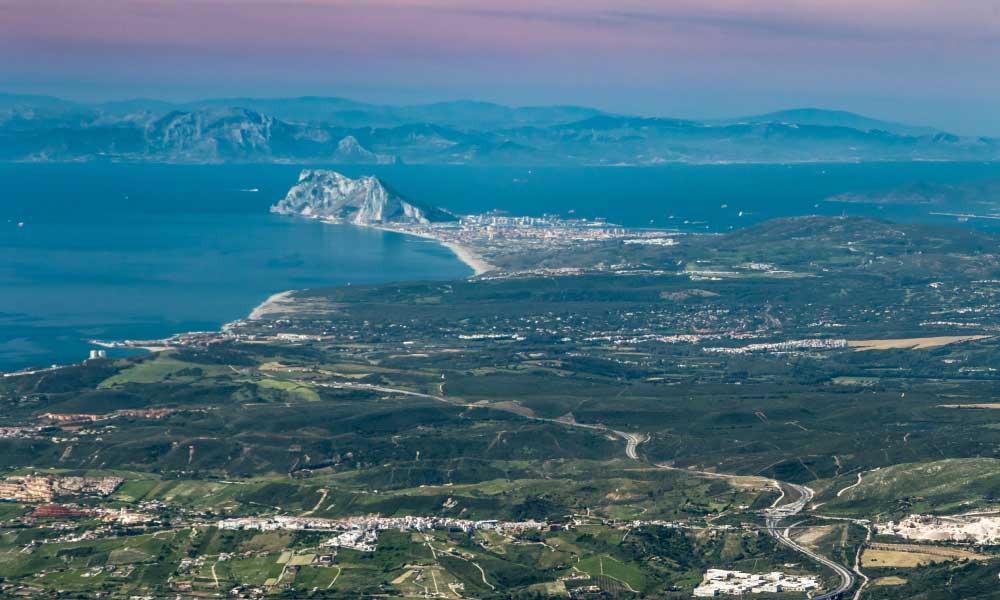 Estrecho de gibraltar en el Mar Mediterráneo